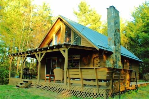 Ridge View Cabin Near Floyd, VA, Secluded Hideaway