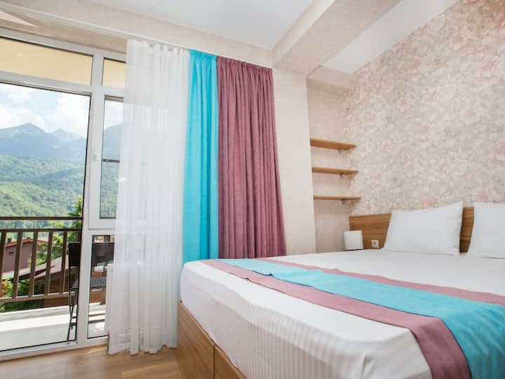 """Deluxe apartment with balcony and  wonderful mountain view. Apartments """"Alba Inn"""""""