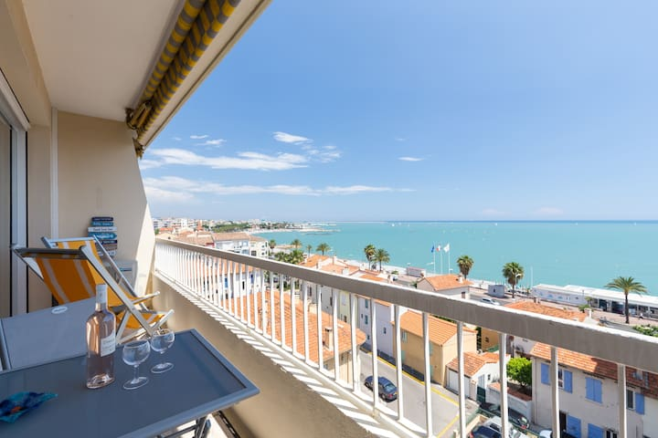 2 BEDS, FRONT BEACH, TERRACE, LIFT, FREE PARKING - Cagnes-sur-Mer
