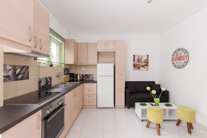 Athens modern apart. 10 min metro - Αθήνα - Appartement