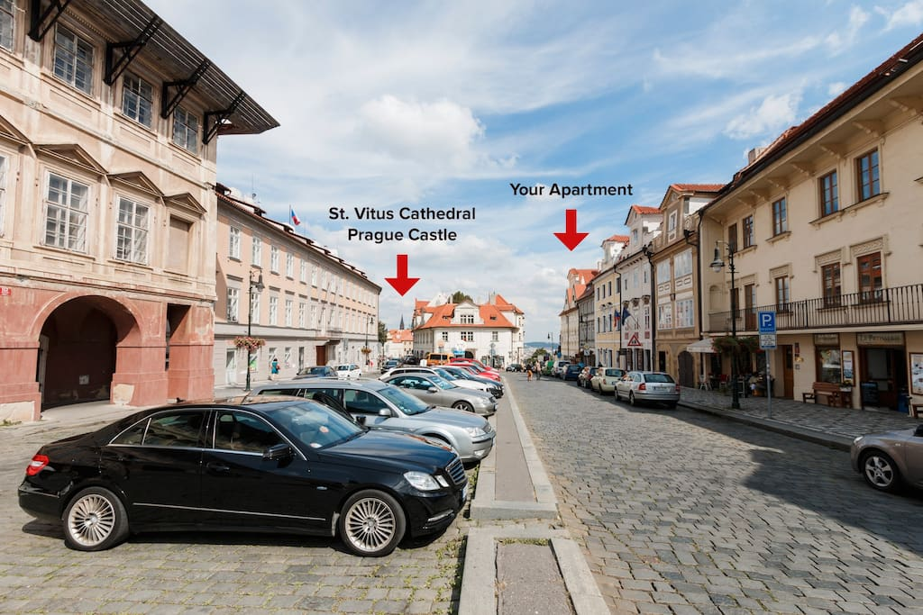 You'll live few steps from the Prague Castle!