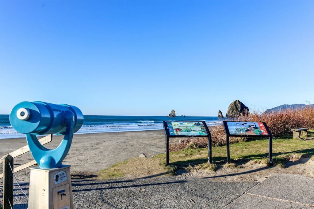 cannon beach chat sites This site offers information on cannon beach oregon usa plus cities and   oregon, chat rooms, contests, enter to win, clatsop county, beaches, lodging, or, .