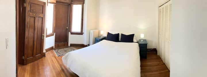 🌳🌲UV-C Sterilized 1 Bed - View of High Park🌲🌳
