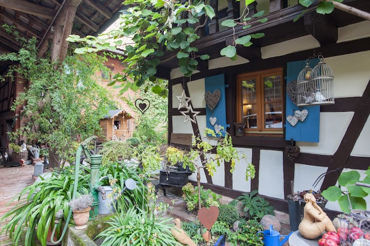 At Hansel & Gretel, gîte (cottage) - Mittelhausen - Hus