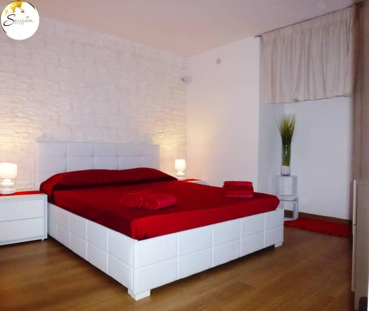 Suite Inn Sicily- Suite Dante-Catania City Centre.