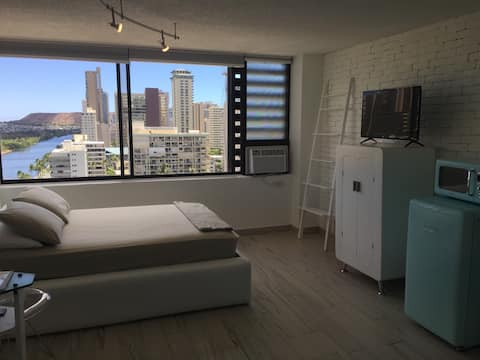 Cute Private Studio in Waikiki