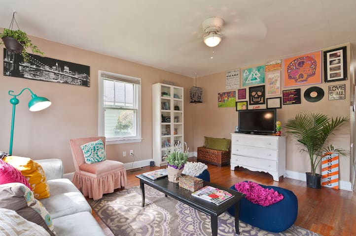 Bohemian Hide-A-Way - Chattanooga - Casa