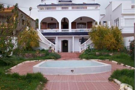 Villa in ahfir,pool and a garden - Ahfir - Linna