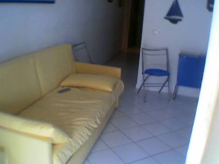 divano - soggiorno