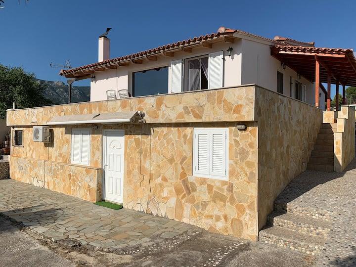 Loutraki Sea View House