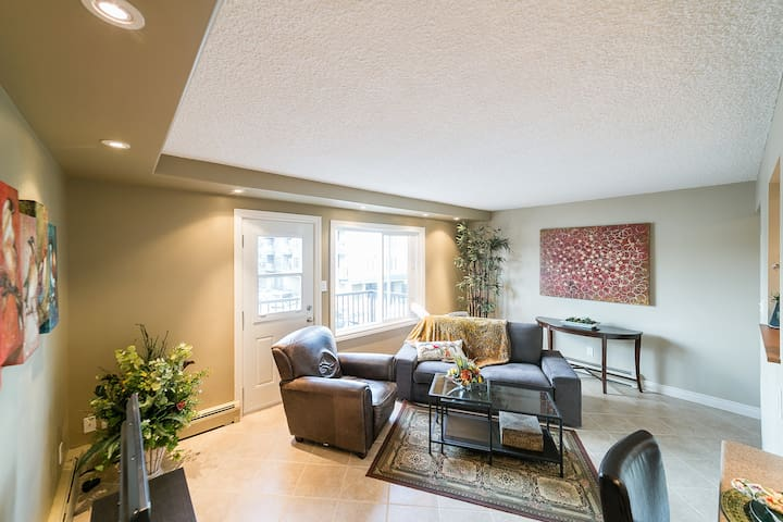 Close to NAIT Fully Furnished Suite AVAILABLE NOW