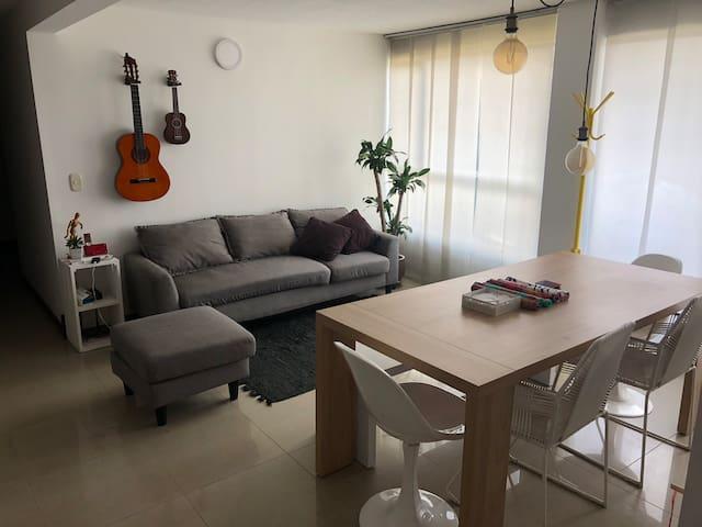 Apartamento amoblado en Medellín - Poblado