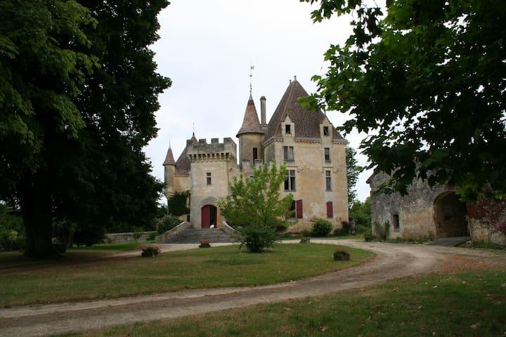 chateau de laubesc 2