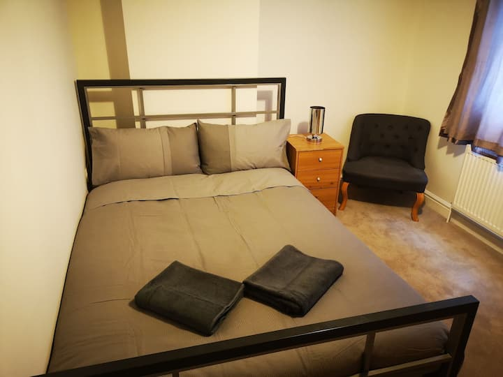 Marvellous London - Double Room (Room 14)