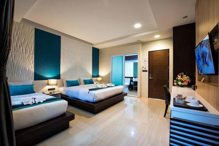 Deluxe Triple Room The Nice Hotel Room Breakfast
