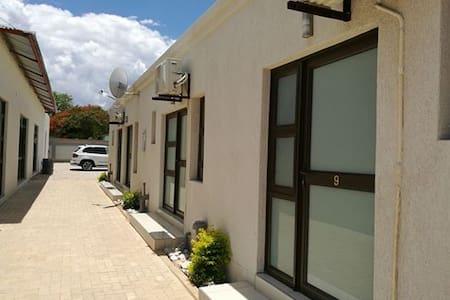 Tsumeb Guesthouse Kamho - Tsumeb