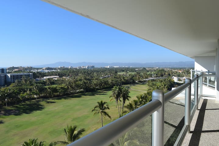 8th floor penthouse with access to VIDANTA - Nuevo Vallarta