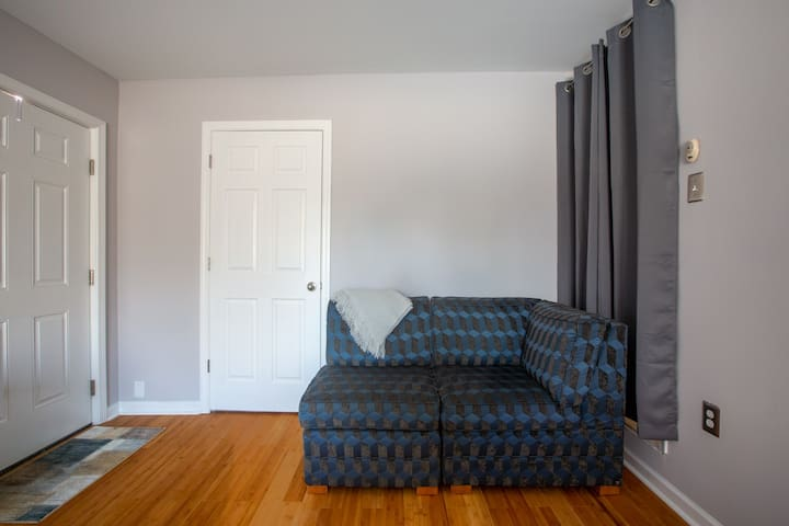 Private suite in Nashville neighborhood