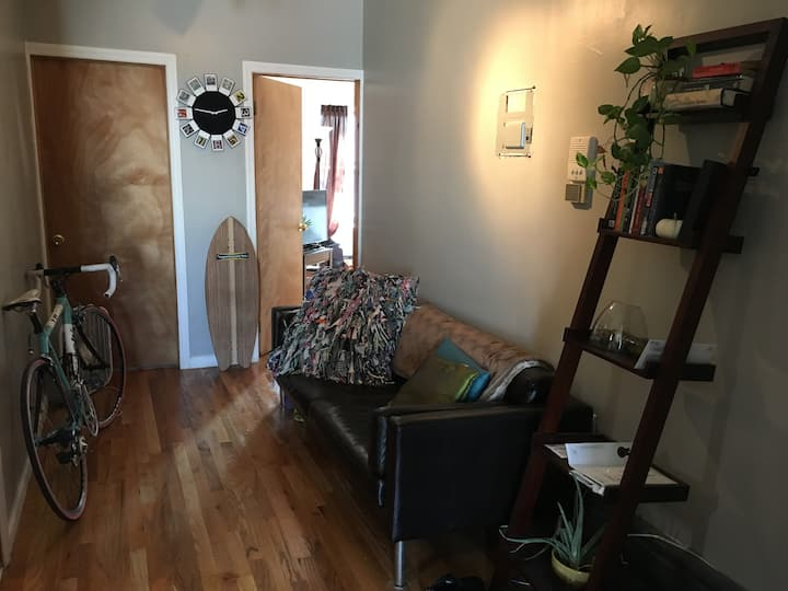 Chill room available in Fort Greene/Navy Yard