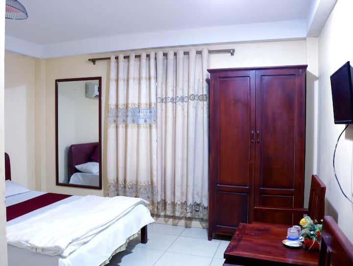 Happy Hotel reasonable price rooms