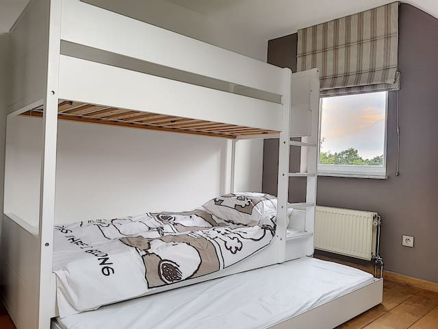 Room 3 - 3 separated beds / kids friendly