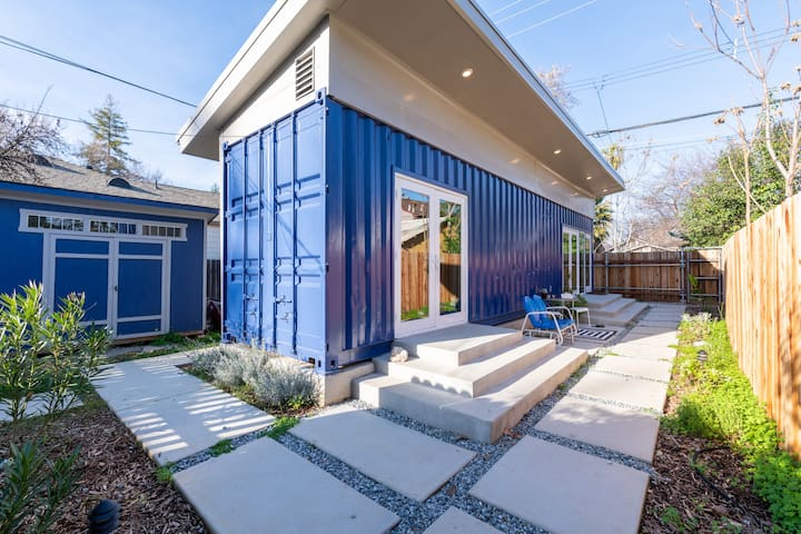 Oak Park Shipping Container House