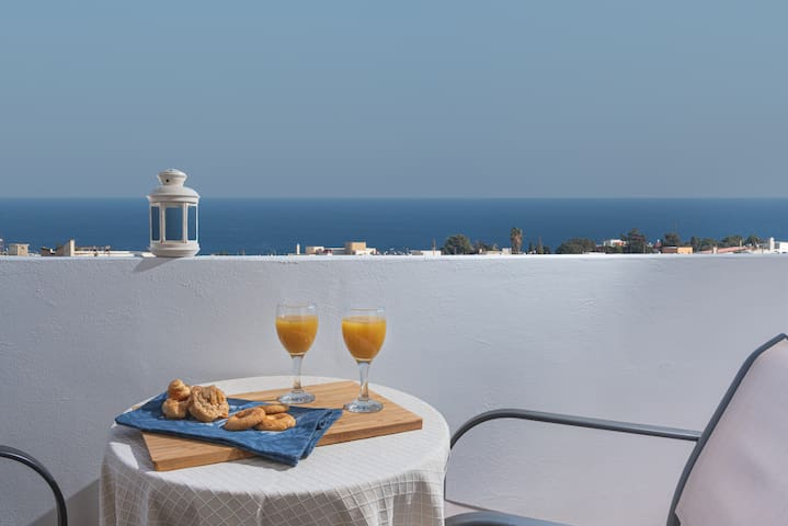 Azure Suite: Top views, minutes to Old Town Rhodes