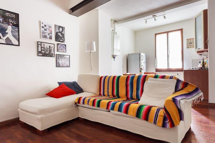 Cosy flat in historic Pratello!