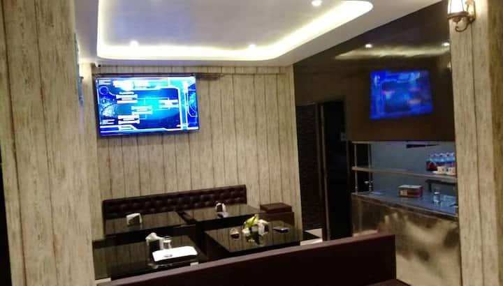 Jojo's Inn - Deluxe Room