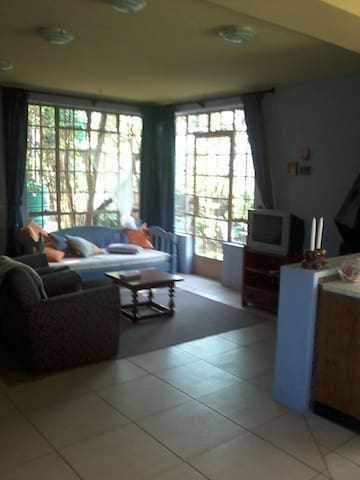 Lavender Cottage - one bedroom - Bulawayo