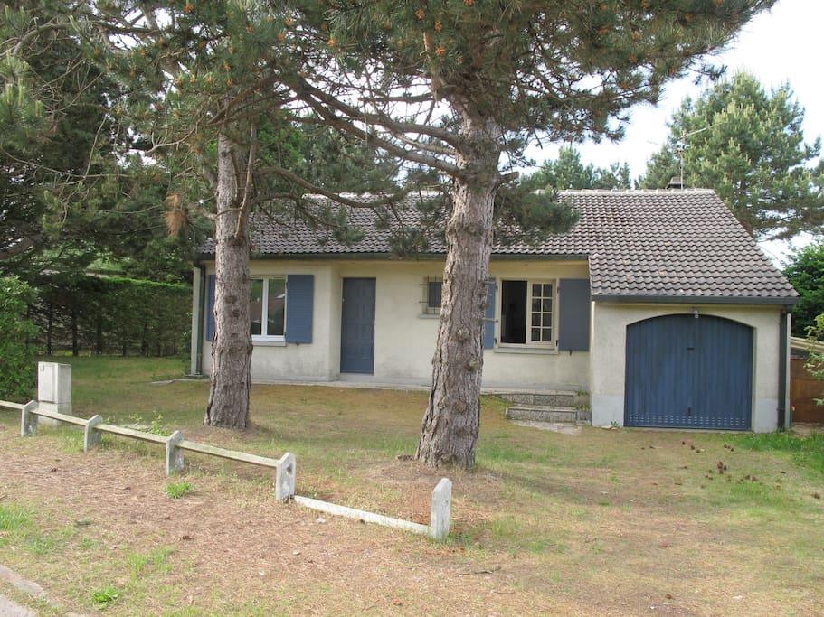 Maison individuelle à Sainte Cécile Plage proche plage
