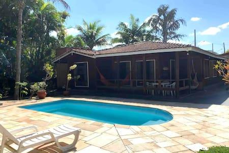 Casa de praia completa (Guaratuba, Bertioga)