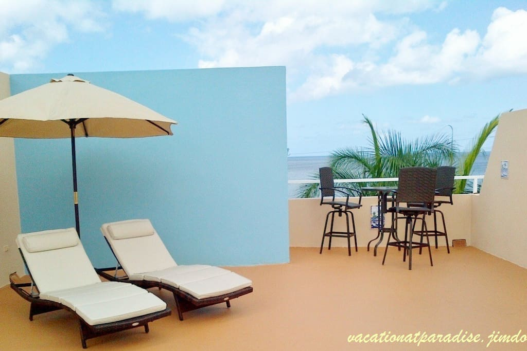 Super Confy Chaise Lounges and High Table at Private Roof Top Terrace