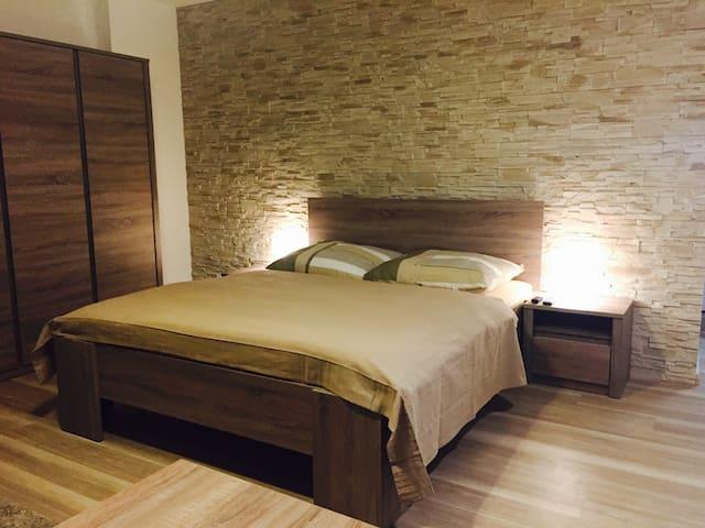 Apartment11 & spa s vířivkou pro 2 osoby Olomouc