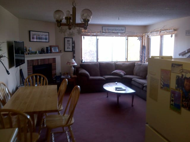 Sunday River North Peak Ski in/out 2 BR pool - Newry - Apto. en complejo residencial