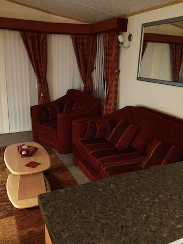 Holiday home 2 bed sleeps 4 in North Wales