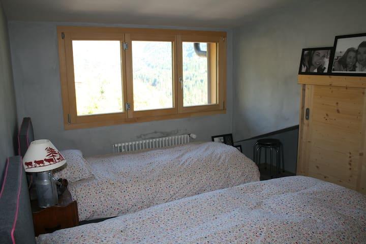 2 beds room 1st floor