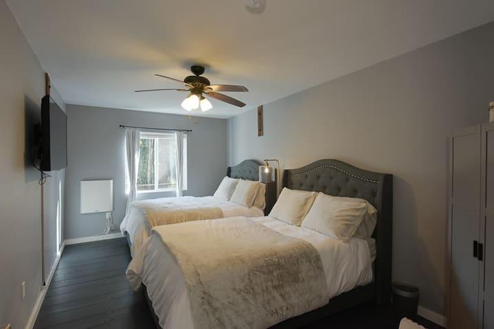 First floor Bedroom 2 sleeps 4