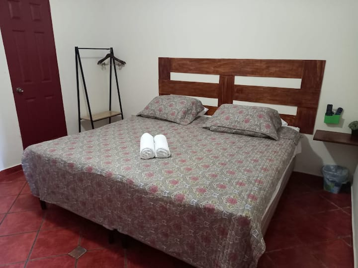 Habitación 4 Villa Stahl  - Colonia Escalon