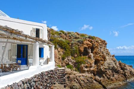 Unparalleled Seafront Location in Panarea - Panarea - Casa