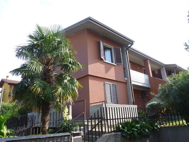 DESENZANO CASA VICINA AL LAGO - Desenzano del Garda - Apartment