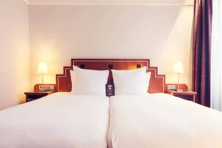 LUXURIOUS STAY IN AMSTERDAM CITY CENTRE