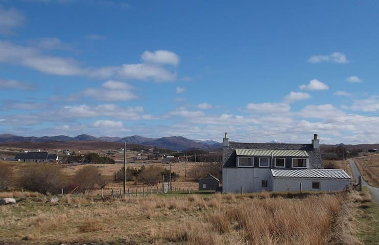Swn-Y-Mor: Self-Catering Highlands Cottage - Port Henderson - Lägenhet