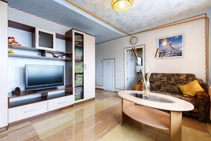 Этаж с огромным балконом под ключ - Bolshoy Sochi - Gästehaus