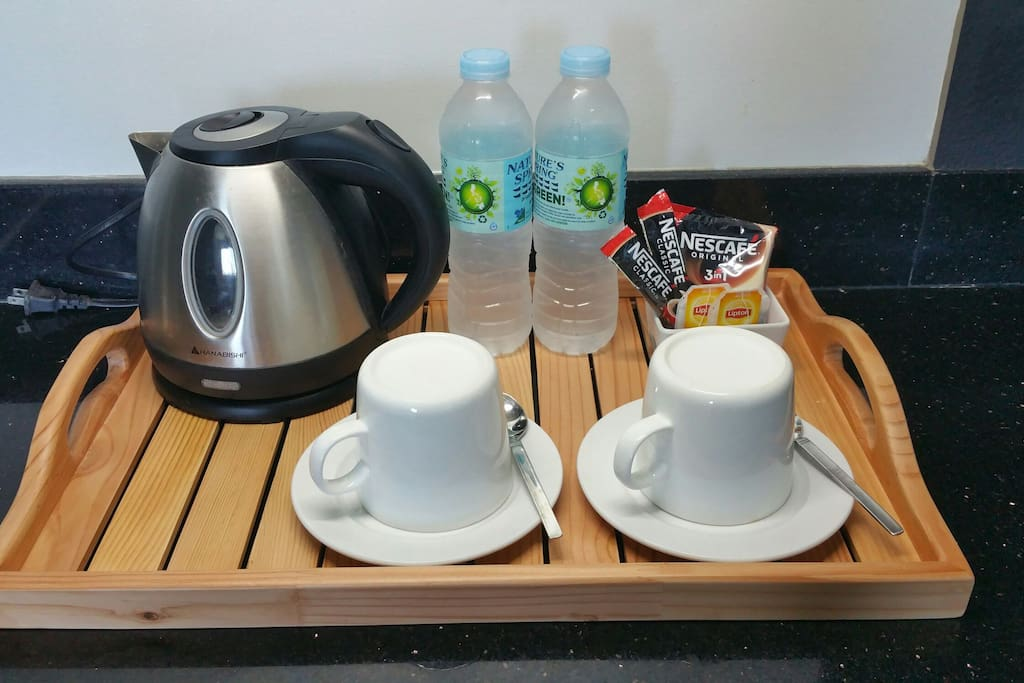 complimentary coffee, tea and mineral water as you arrive