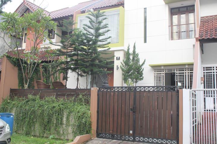 Holiday Home Syariah di pusat kota Bogor