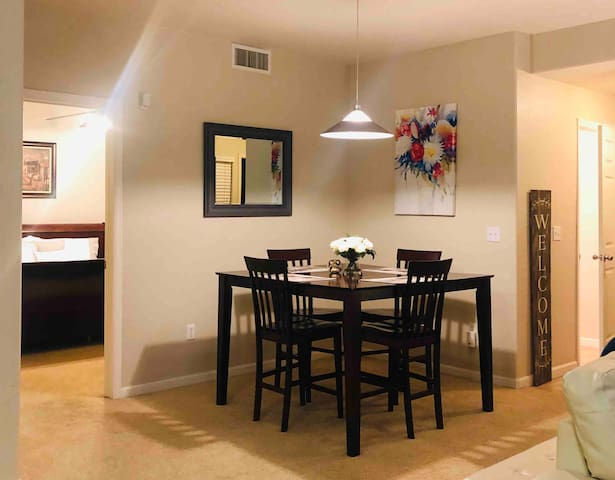 Entire Spacious Condo By Denver Airport & Downtown