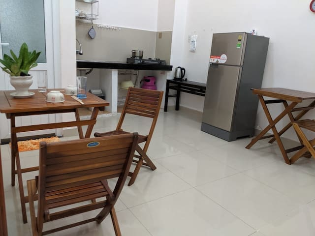 100m from beach,nearby many restaurants ,groceries