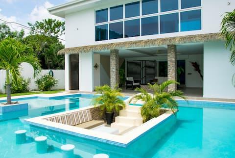 Villa Coronado Beach