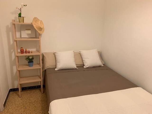 Habitación 2 (cama doble)